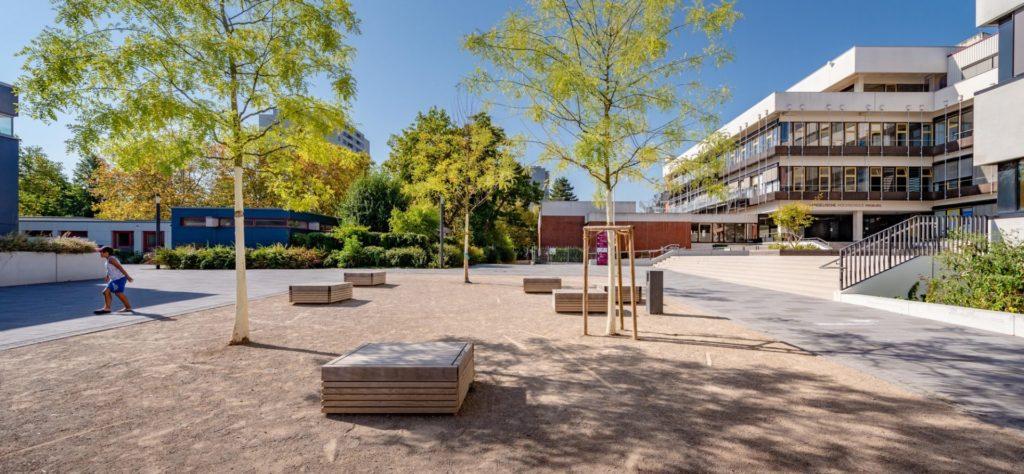 Freiburg, Dietrich-Boenhoeffer-Platz/ Ev. Hochschule
