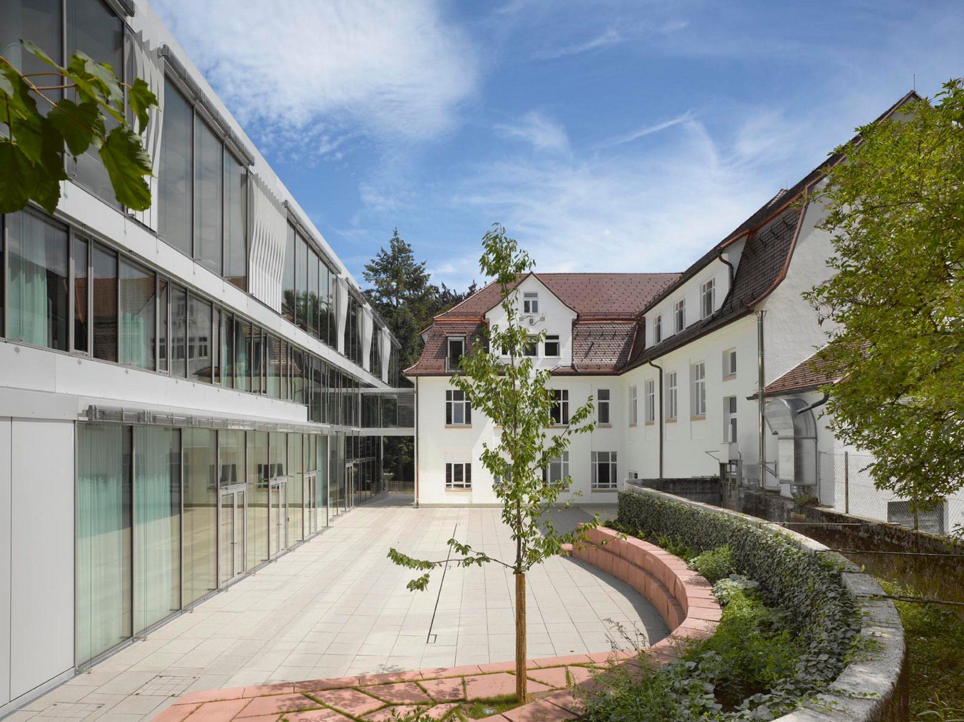 Glatten, Schmalz Empfangsgebäude