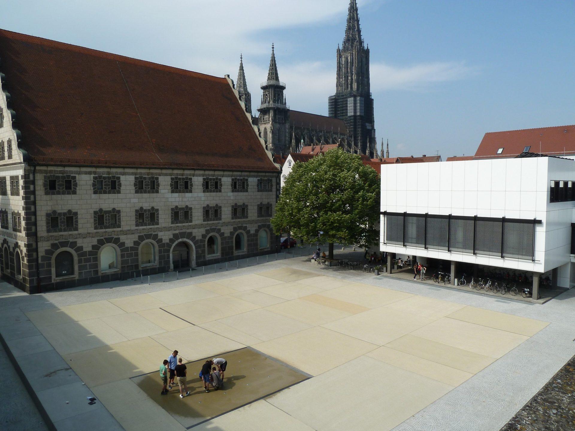 Ulm, Kornhausplatz